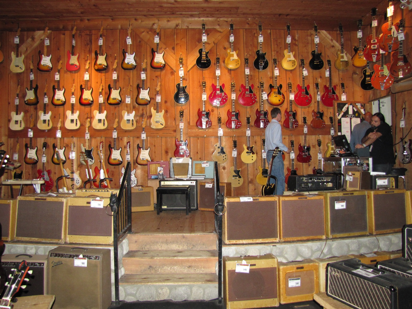 hollywood guitar center 101 basses