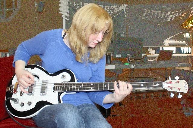 DiPinto Belvedere Deluxe Bass